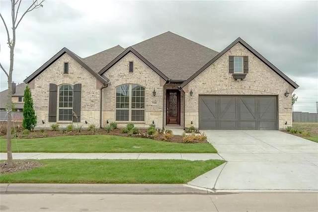 708 Sandbox Drive, Aubrey, TX 76227 (MLS #14675673) :: Russell Realty Group