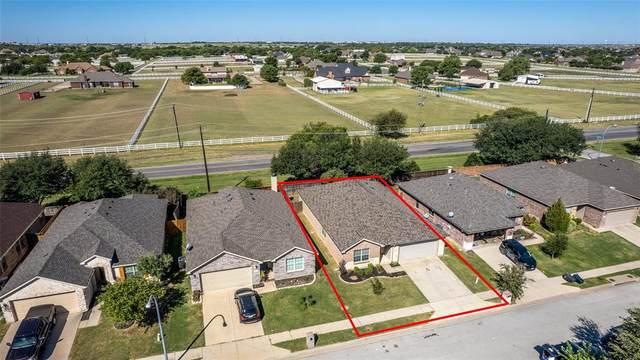 10545 Rising Knoll Lane, Fort Worth, TX 76131 (MLS #14675683) :: Trinity Premier Properties