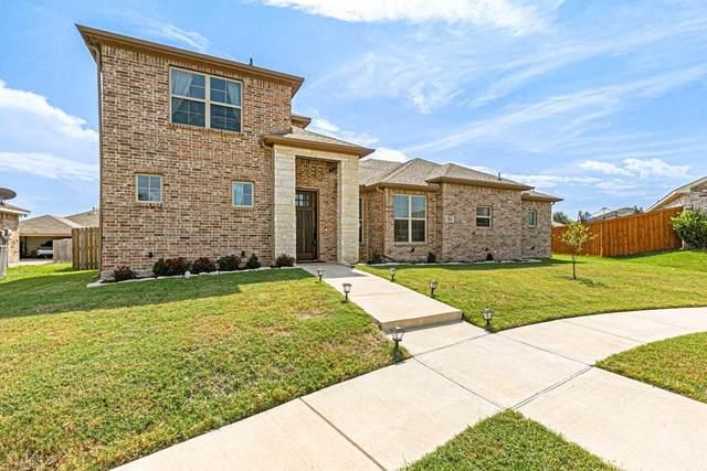 1226 Jessie Lane, Lancaster, TX 75146 (MLS #14675712) :: Real Estate By Design