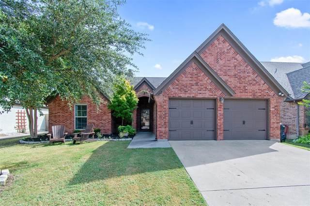549 Magnolia Parkway, Benbrook, TX 76126 (MLS #14675934) :: The Hornburg Real Estate Group