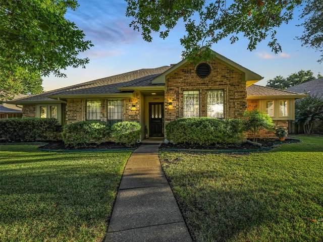 2404 Morning Glory Drive, Richardson, TX 75082 (MLS #14675952) :: Feller Realty