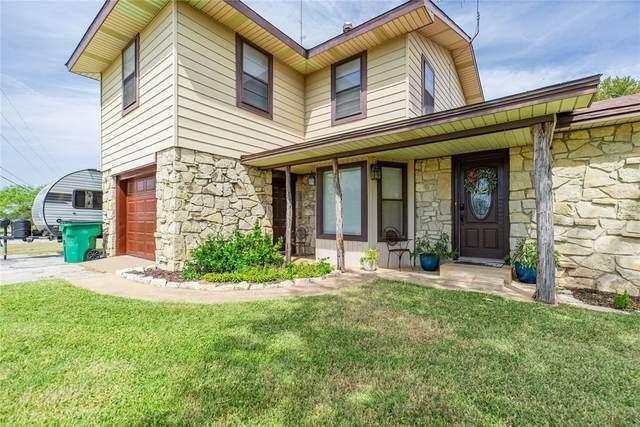 1200 Wichita Avenue, Jacksboro, TX 76458 (MLS #14676059) :: Lisa Birdsong Group   Compass