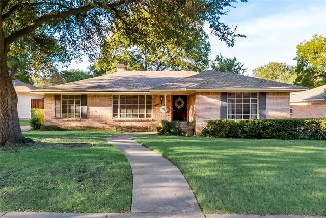 6133 Woodcrest Lane, Dallas, TX 75214 (MLS #14676181) :: The Star Team   Rogers Healy and Associates