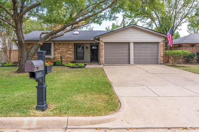 8240 Saint Patrick Street, North Richland Hills, TX 76180 (MLS #14676208) :: Real Estate By Design