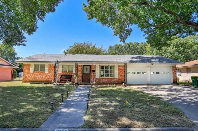 605 Melody Lane, Gainesville, TX 76240 (MLS #14676251) :: Frankie Arthur Real Estate