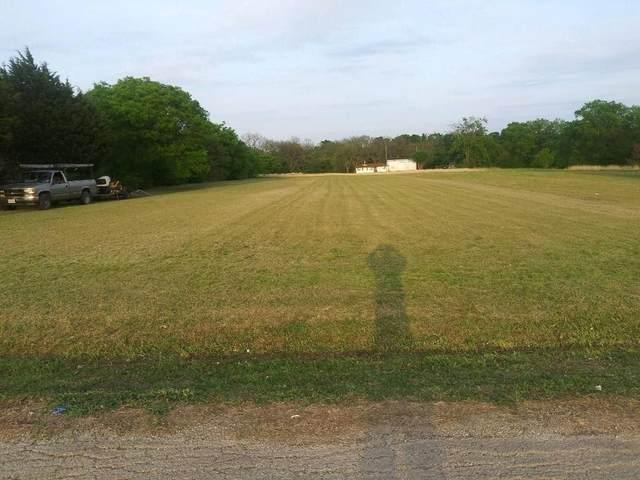 1450 Idlewild Lane, Lancaster, TX 75134 (MLS #14676346) :: Feller Realty