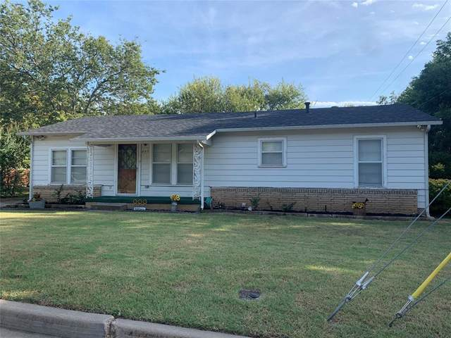 207 W Weatherford Street, Weatherford, TX 76086 (MLS #14676406) :: Texas Lifestyles Group at Keller Williams Realty