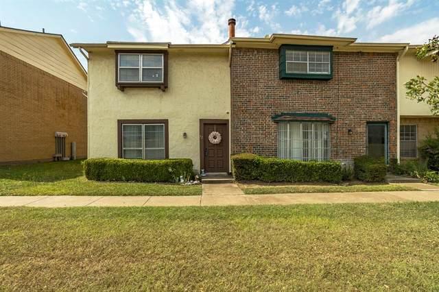 12 E Mountain Lane, Grand Prairie, TX 75052 (MLS #14676520) :: Real Estate By Design