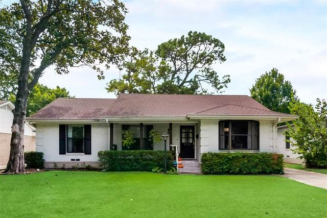 6938 Wake Forrest Drive, Dallas, TX 75214 (MLS #14676523) :: The Good Home Team