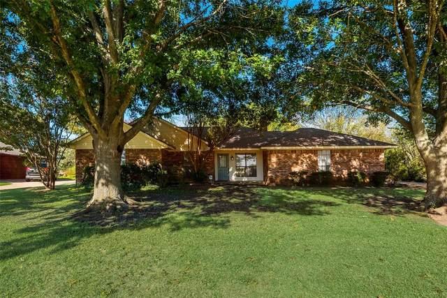 2221 Oak Tree Lane, Midlothian, TX 76065 (MLS #14676729) :: RE/MAX Pinnacle Group REALTORS