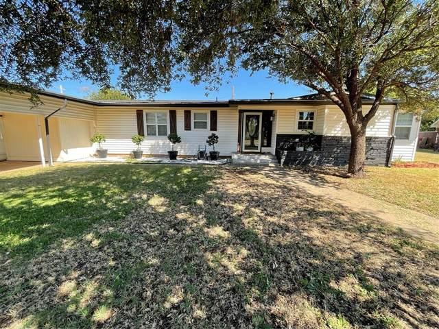 1303 Westover Drive, Anson, TX 79501 (MLS #14676914) :: Texas Lifestyles Group at Keller Williams Realty