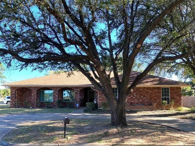 2300 Woodbine Street, Arlington, TX 76012 (MLS #14676999) :: Texas Lifestyles Group at Keller Williams Realty
