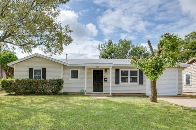 522 Himes Drive, Euless, TX 76039 (MLS #14677267) :: The Chad Smith Team