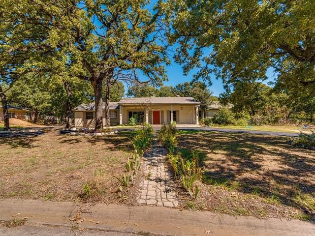 606 W Hillcrest Street, Keene, TX 76059 (MLS #14677325) :: The Juli Black Team