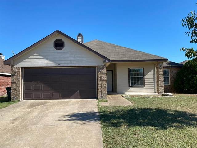 704 Stacie Lane, Seagoville, TX 75159 (MLS #14677399) :: The Good Home Team