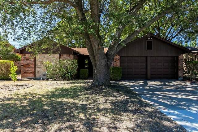 6400 Meadowlark Lane E, Watauga, TX 76148 (MLS #14677697) :: RE/MAX Pinnacle Group REALTORS