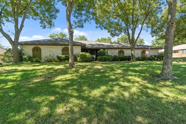 4225 Toledo Avenue, Fort Worth, TX 76133 (MLS #14678016) :: Russell Realty Group
