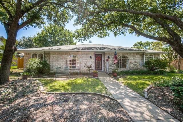 2836 Meadowbrook Drive, Plano, TX 75075 (MLS #14678168) :: Craig Properties Group