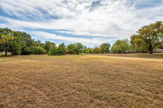 4017 Rench Road, Lake Worth, TX 76135 (MLS #14678341) :: Real Estate By Design