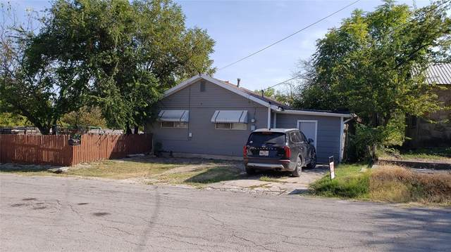 108 E Neely Avenue, Comanche, TX 76442 (MLS #14678477) :: All Cities USA Realty
