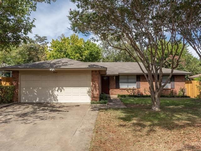 648 Oak Drive, Hurst, TX 76053 (MLS #14678711) :: The Hornburg Real Estate Group