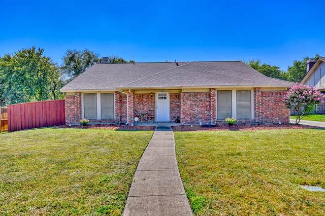 924 Whitewater Trail, Desoto, TX 75115 (MLS #14679103) :: Russell Realty Group