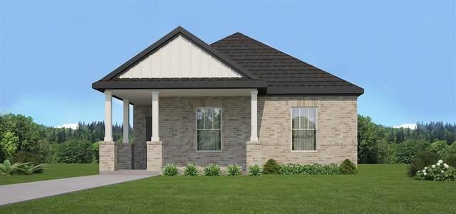 4704 Simple Pathway, Haltom City, TX 76117 (MLS #14679367) :: Real Estate By Design