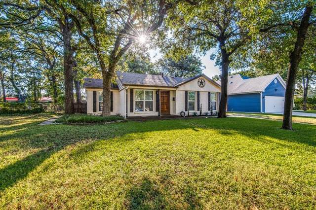 712 Thersa Drive, River Oaks, TX 76114 (#14679509) :: Homes By Lainie Real Estate Group