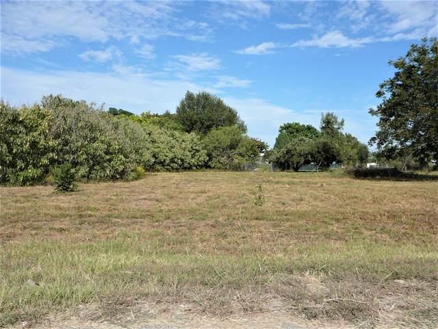 6301 S Lakeside Hills Court, Granbury, TX 76048 (MLS #14679616) :: Craig Properties Group