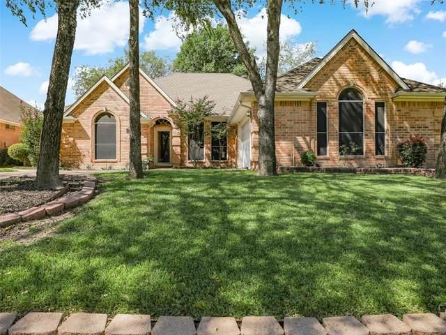3313 Sir Stewart Circle, Grand Prairie, TX 75052 (MLS #14679696) :: Real Estate By Design
