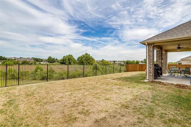 9016 Bison Creek Drive, Fort Worth, TX 76131 (MLS #14679729) :: Craig Properties Group
