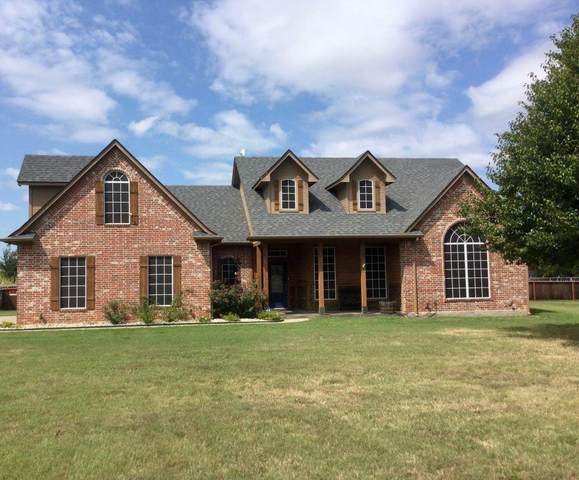 3121 Knob Road, Springtown, TX 76082 (MLS #14680004) :: Russell Realty Group