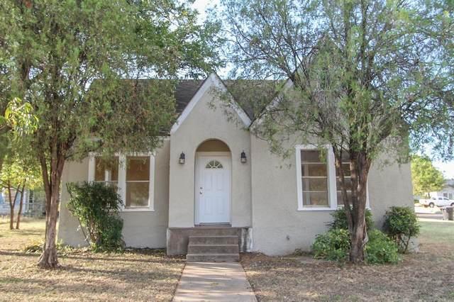 2443 S 5th Street, Abilene, TX 79605 (MLS #14680432) :: The Hornburg Real Estate Group