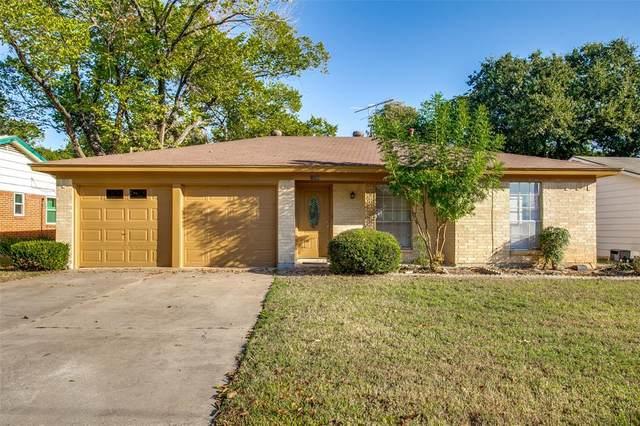 109 Lynn Drive, Hurst, TX 76053 (MLS #14680493) :: The Chad Smith Team