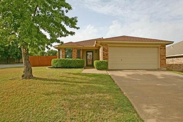 5952 Hillglen Drive, Watauga, TX 76148 (MLS #14680814) :: Real Estate By Design