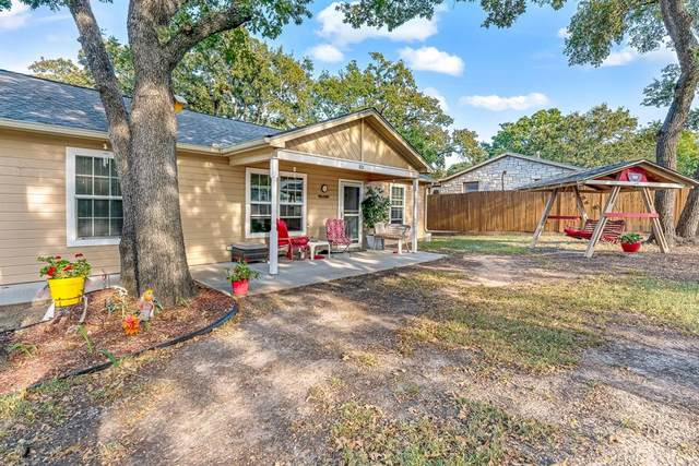 801 Harness Trail, Granbury, TX 76049 (MLS #14681465) :: Trinity Premier Properties