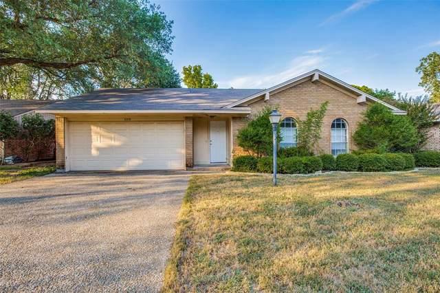 3319 Oriole Lane, Denton, TX 76209 (MLS #14681850) :: Lisa Birdsong Group | Compass