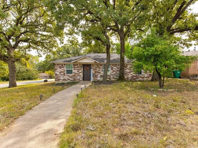 704 Boardwalk Lane, Denton, TX 76205 (MLS #14681927) :: Real Estate By Design