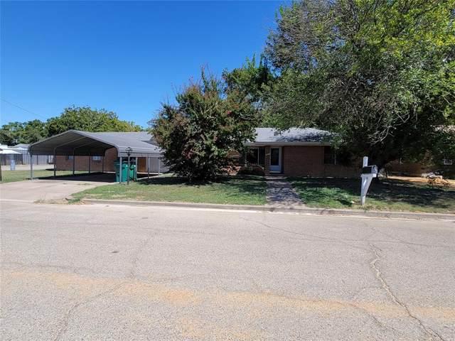421 N Bermuda Street, Lacy Lakeview, TX 76705 (MLS #14682110) :: Lisa Birdsong Group | Compass