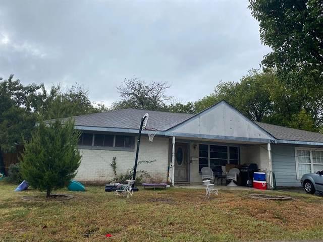 909 15th Street, Grand Prairie, TX 75050 (MLS #14682716) :: Robbins Real Estate Group
