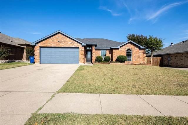552 Jeffdale Drive, Burleson, TX 76028 (MLS #14683011) :: Justin Bassett Realty