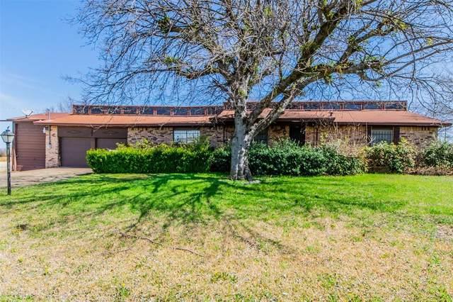610 18th Street, Grand Prairie, TX 75050 (MLS #14683106) :: The Chad Smith Team