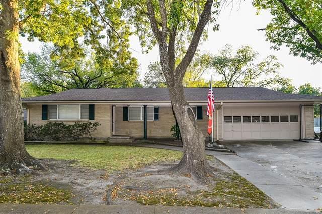 1409 Munn Drive, Ennis, TX 75119 (MLS #14683805) :: Real Estate By Design
