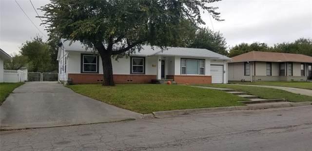 1305 Belmont Street, Gainesville, TX 76240 (MLS #14684004) :: Lisa Birdsong Group | Compass
