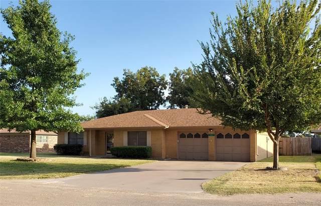 121 Century Lane, Clyde, TX 79510 (MLS #14684220) :: Frankie Arthur Real Estate