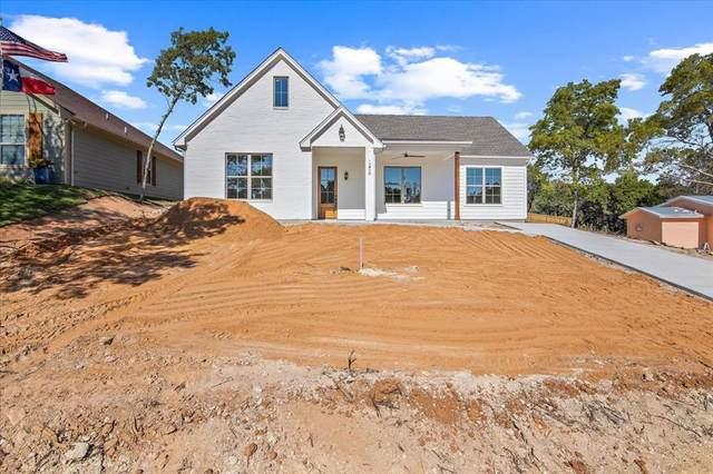 1206 Comanche Cove Drive, Granbury, TX 76048 (MLS #14685306) :: Jones-Papadopoulos & Co