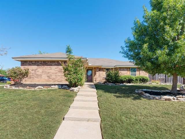 6413 Fairview Drive, Watauga, TX 76148 (MLS #14685396) :: Real Estate By Design