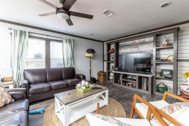1009 Hopi Court, Granbury, TX 76048 (MLS #14685436) :: Real Estate By Design