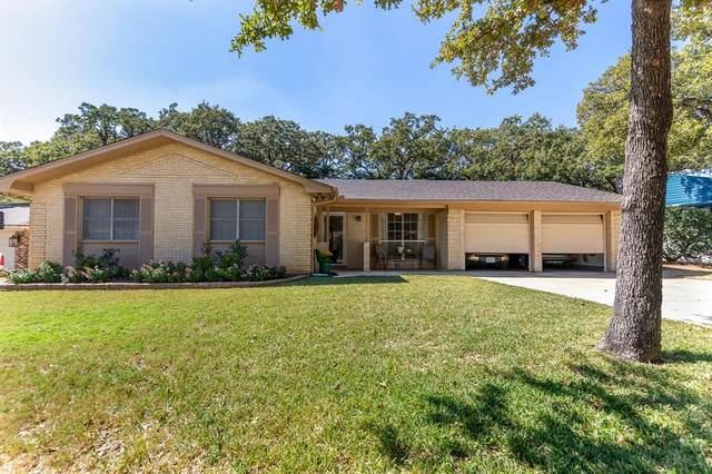 1145 Jerry Lane, Bedford, TX 76022 (MLS #14685545) :: Real Estate By Design