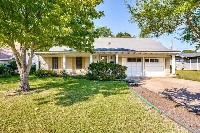 1107 Edwards Court N, Irving, TX 75062 (MLS #14685862) :: The Mitchell Group